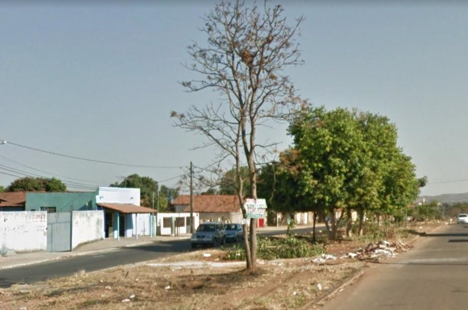 bc326232a0 Jovem é morto a tiros em Aparecida de Goiânia