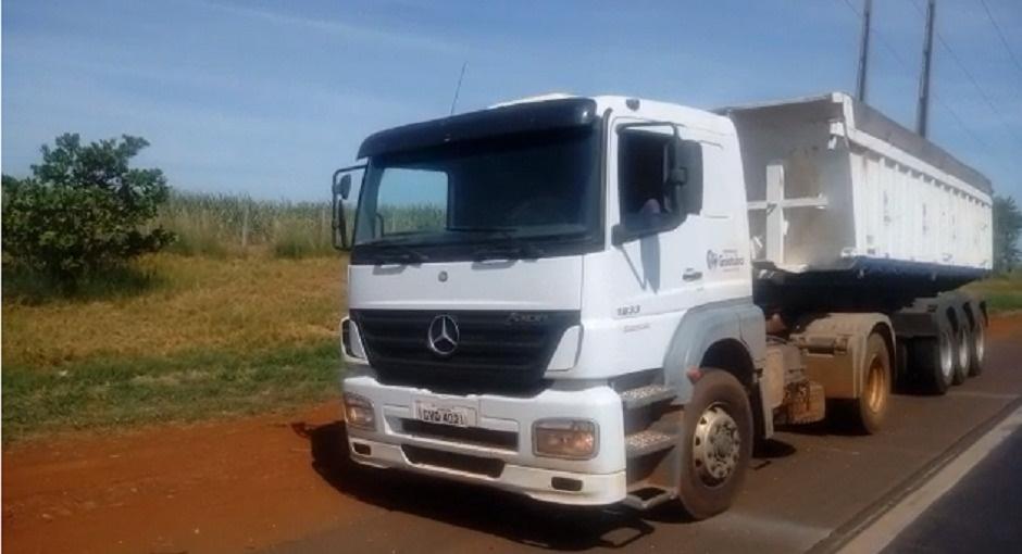 Motorista de caminhão da Prefeitura de Goiatuba é flagrado dirigindo alcoolizado na BR-153