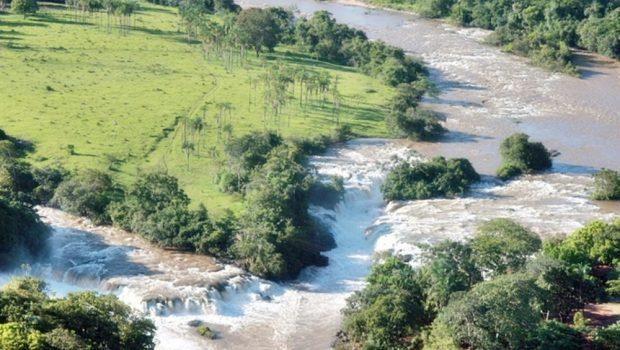 Jovem morre afogado após cair dentro das Cataratas de Itaguaçu, em São Simão