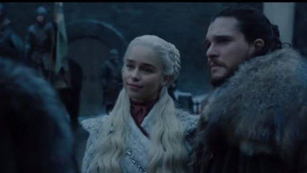 Copo de café da Starbucks aparece em cena de 'Game of Thrones'
