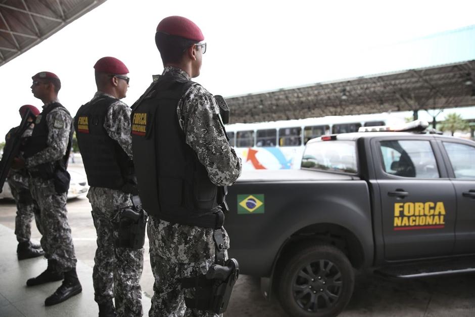 Resultado de imagem para Ceará transfere 20 chefes de facções para presídios federais