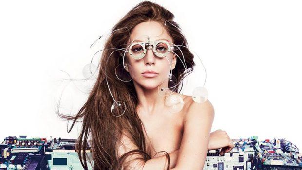 Lady Gaga se desculpa por fazer música com R. Kelly e diz que irá banir canção de plataformas