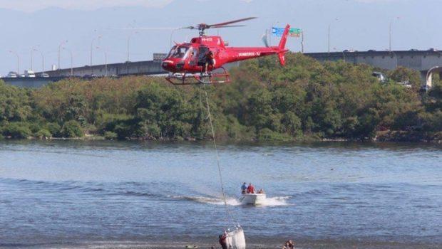 Morre sargento que estava em aeronave da PM que caiu na Baía de Guanabara