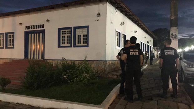 Secretários e assessores de Pirenópolis são presos por fraude em licitação