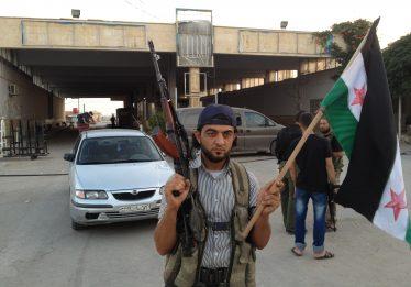 "Síria: Assad diz que Exército ""libertará cada centímetro"" do país"
