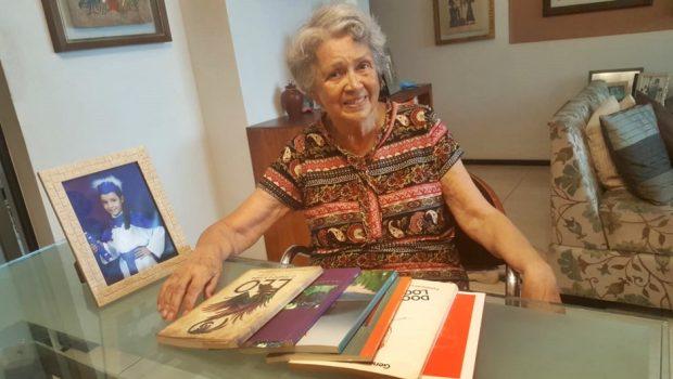Escritora Maria Luíza Medeiros lança quinto livro nesta terça-feira (12)