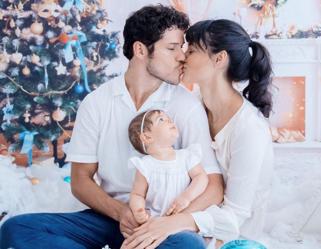 Entenda a polêmica em torno da separação dos atores José Loreto e Débora Nascimento