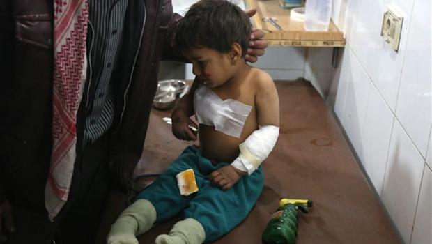 Mais de 100 mil bebês morrem por ano devido às guerras, diz ONG