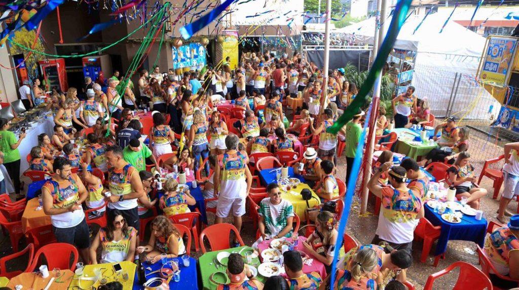 Pré-Carnaval de Goiânia terá blocos para todos os gostos e shows de Sandra de Sá e Saulo