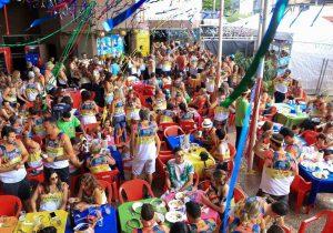 Carnaval dos Amigos terá 11 blocos e shows de Sandra de Sá e Saulo, em Goiânia