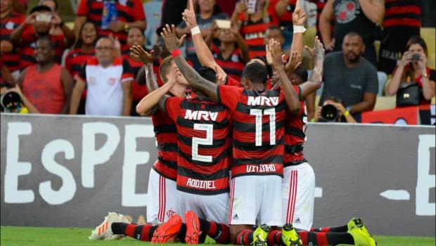 Flamengo goleia Cabofriense e vai pegar Fluminense na semifinal da Taça Guanabara