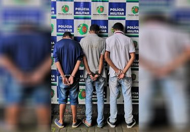 Trio faz 14 pessoas reféns durante assalto a loja de eletrônicos no Setor Bueno, em Goiânia