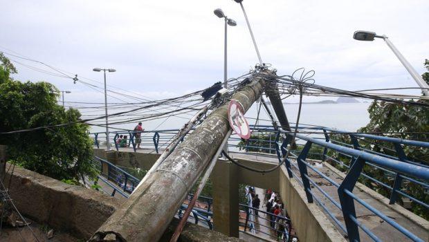 Rio continua em estágio de crise depois das fortes chuvas