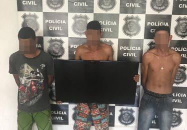 Trio é preso após furtar casa de deficiente auditivo em Guapó