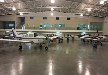 Aviões são apreendidos em Goiânia durante operação da PF contra o tráfico internacional de drogas