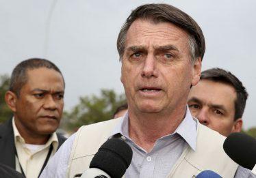 """""""Cada um deve responder por seus atos"""", diz Bolsonaro sobre Temer"""