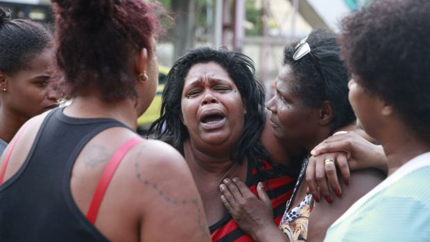 Rio: menina de 11 anos morre baleada com tiro no peito