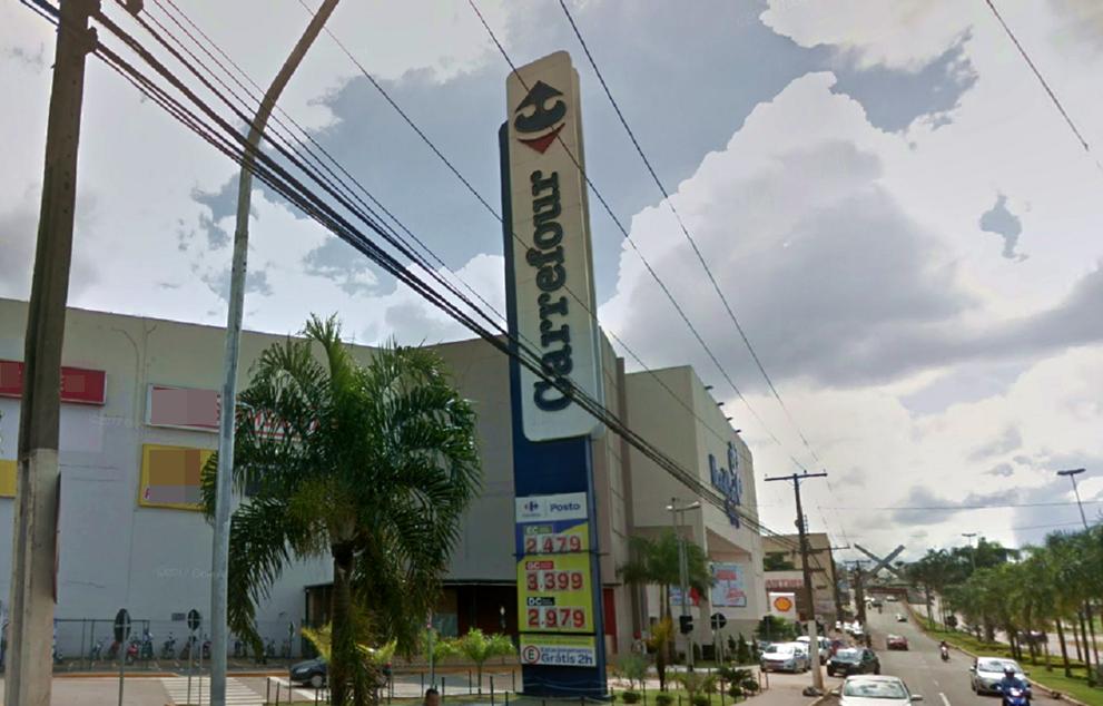 Segurança que expulsou idoso de supermercado em Anápolis após confundi-lo com morador de rua é demitido