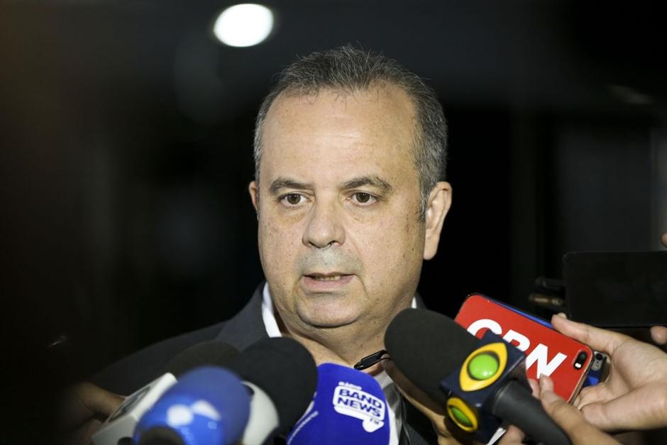 Proposta para militares deve chegar ao Congresso antes do prazo, diz Marinho