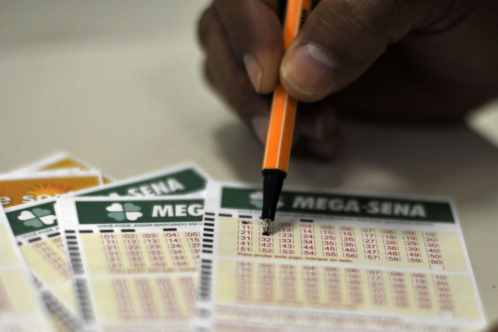Mega-Sena pode pagar hoje prêmio de R$ 5,5 milhões