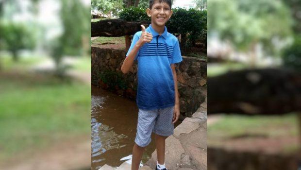 Menino morre após levar choque em campo de futebol, em Aparecida de Goiânia