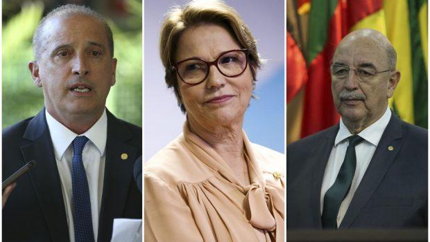 Ministros Onyx, Tereza Cristina e Terra são exonerados para tomar posse na Câmara