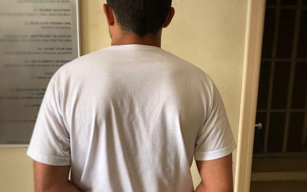 Homem suspeito de namorar mulheres para conseguir dinheiro é preso em Formosa