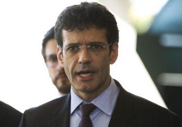 Ministro anuncia repasse de R$ 62 milhões para incentivar turismo em Brumadinho