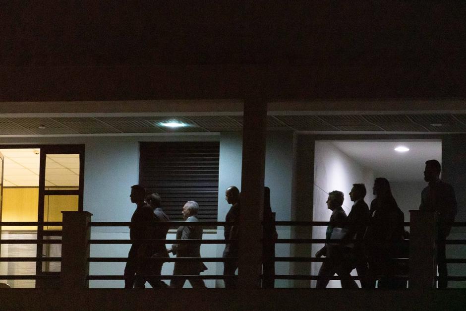 Temer está preso em sala do corregedor com cama improvisada no prédio da PF do Rio