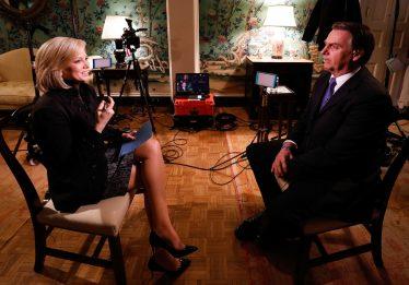 'Grande maioria dos imigrantes não tem boas intenções nem quer fazer o bem aos americanos', afirma Bolsonaro à Fox News