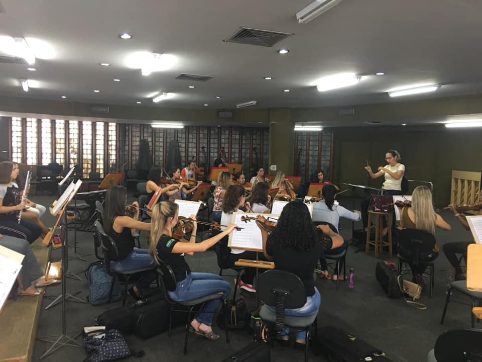 Orquestra Sinfônica Feminina realiza concerto em homenagem ao Dia da Mulher, em Goiânia