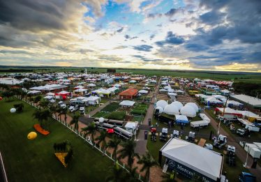 Maior feira de tecnologia rural do Centro-Oeste promove negócios no mês de abril, em Rio Verde