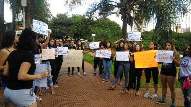 Em Goiânia, estudantes manifestam contra assédio nas escolas