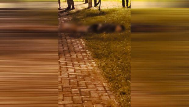 Jovem é morto a tiros em praça do Conjunto Riviera, em Goiânia