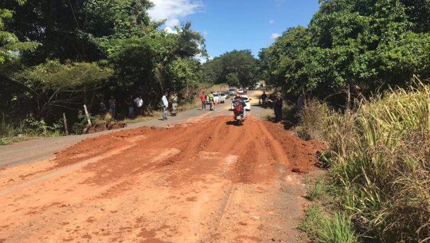 Após interdição, tráfego de veículos pequenos é liberado na GO-060