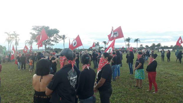 Mulheres do MST e MCP denunciam violência e ocupam fazenda de João de Deus, em Anápolis