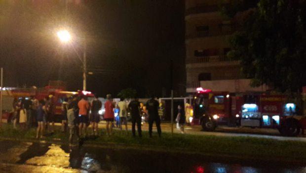 Dois homens ficam gravemente feridos após explosão de botijão de gás em apartamento, em Goiânia