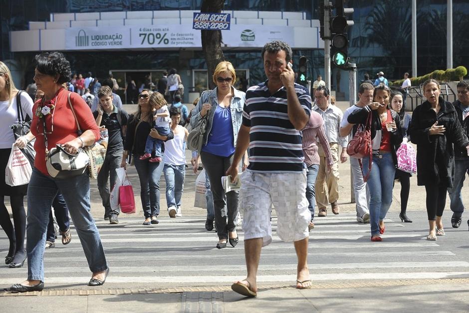Taxa de desemprego sobe e fica em 12,4% em fevereiro