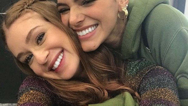 Marquezine responde fã e diz que não é amiga de Marina Ruy Barbosa