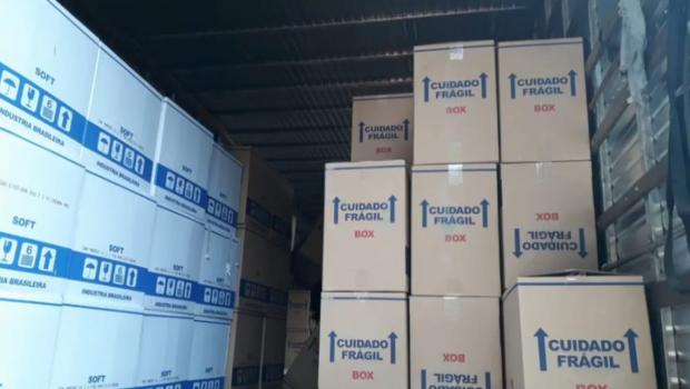 Polícia Civil apreende carga de cigarros avaliada em R$ 800 mil, em Itumbiara