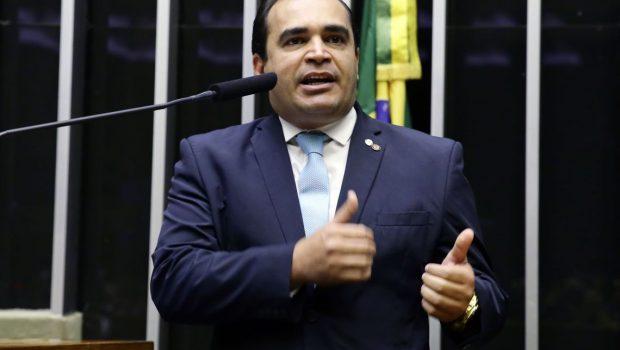 Relator da Previdência defende proposta de Bolsonaro e diz que reforma é necessária