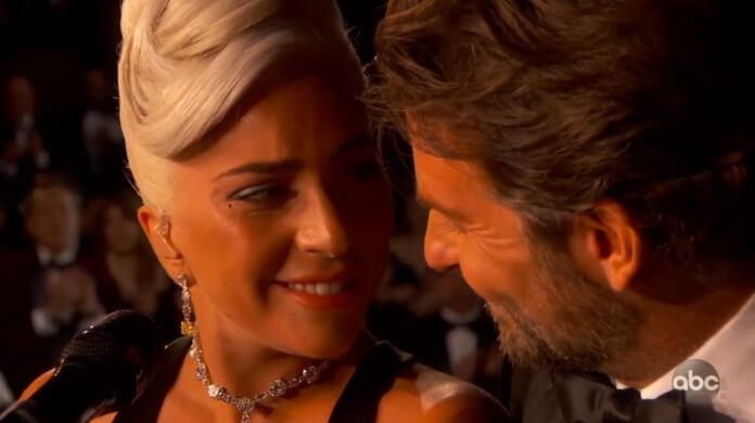 Lady Gaga e Bradley Cooper cantam 'Shallow' no Oscar 2019