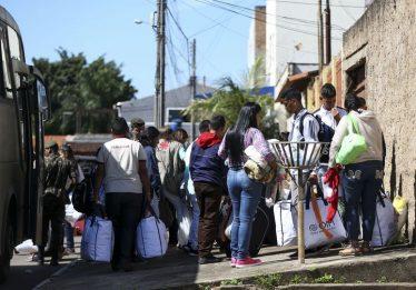 Mais de 200 venezuelanos deixam Boa Vista amanhã rumo a 14 cidades
