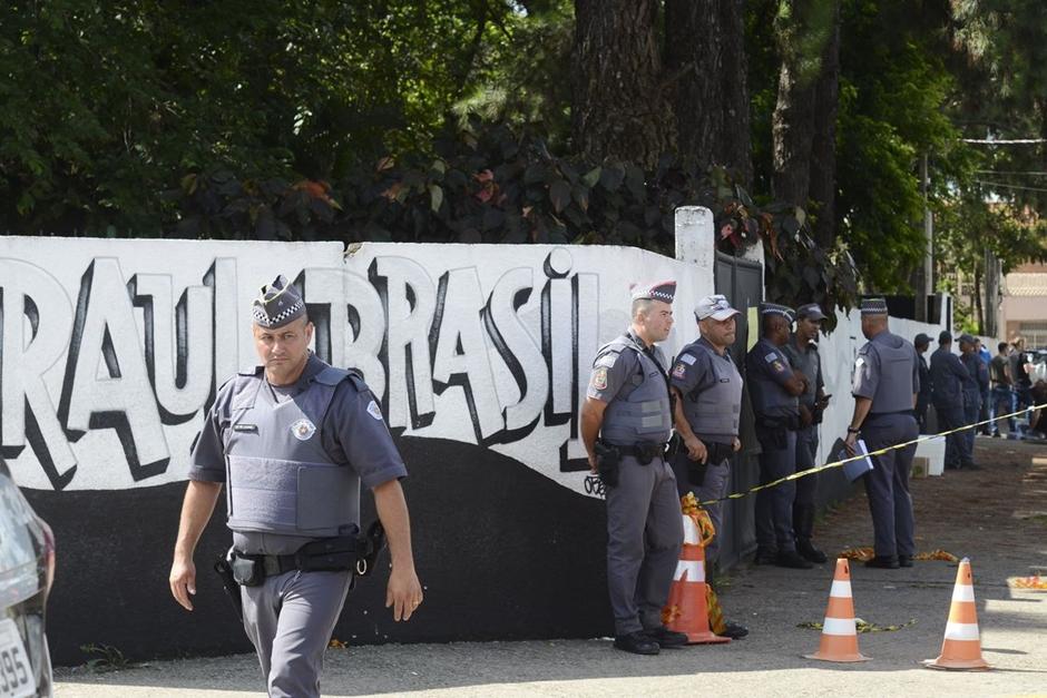 Massacre de Suzano revela culto às armas e estado de barbárie, dizem especialistas