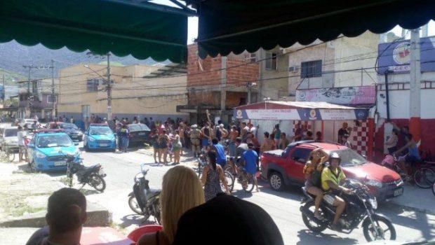 Homem invade escola com marreta em Mesquita, na Baixada Fluminense