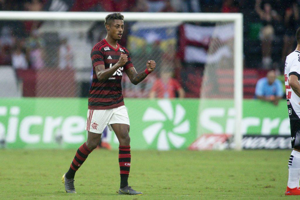 Bruno Henrique faz dois, Fla bate Vasco e abre vantagem na final do Carioca