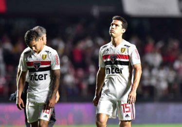 Corinthians segura o São Paulo no Morumbi e agora decide o título em casa