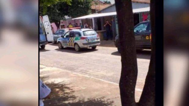 Polícia investiga suposta execução a tiros em bar de família em Caldas Novas