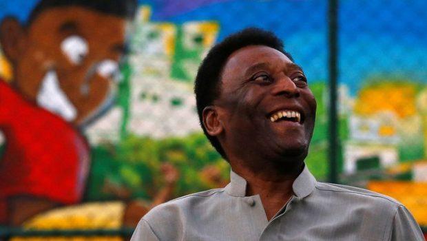 Ex-jogador Pelé é internado em São Paulo com infecção urinária