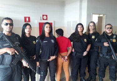 Mulher é presa ao tentar entrar em presídio com drogas nas partes íntimas, em Anápolis